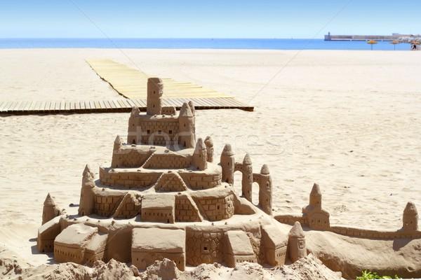 песчаный пляж замок Летние каникулы street art синий морем Сток-фото © lunamarina
