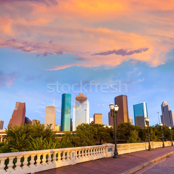 Houston linha do horizonte pôr do sol ponte Texas EUA Foto stock © lunamarina