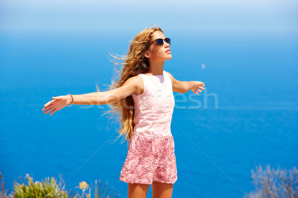 Blond meisje haren lucht Blauw middellandse zee Stockfoto © lunamarina