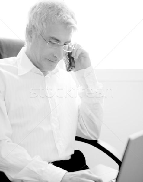 Stockfoto: Zakenman · werken · laptop · senior · grijs · haar · laptop · computer
