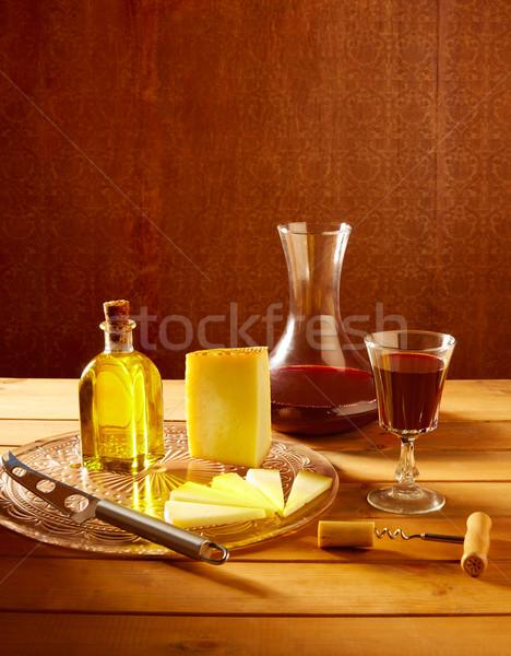 Queijo Espanha mesa de madeira azeite vinho tinto madeira Foto stock © lunamarina