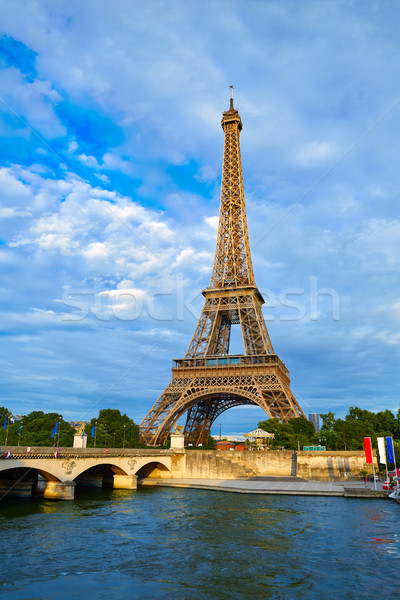 Stockfoto: Eiffeltoren · zonsondergang · Parijs · Frankrijk · hemel · gebouw