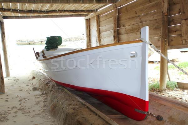 Barco tradicional praia mar fundo Foto stock © lunamarina