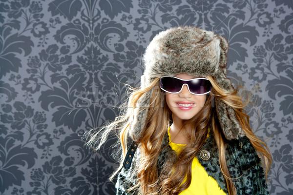 çocuklar moda sarışın kız kürk kış Stok fotoğraf © lunamarina