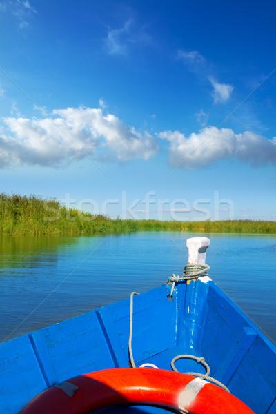 Kék csónak vitorlázik tó Valencia napos Stock fotó © lunamarina
