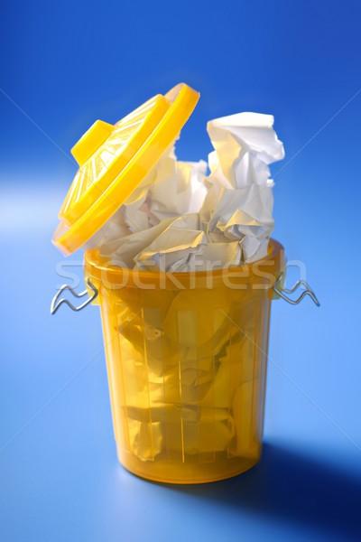 бумаги мусор желтый синий бизнеса метафора Сток-фото © lunamarina
