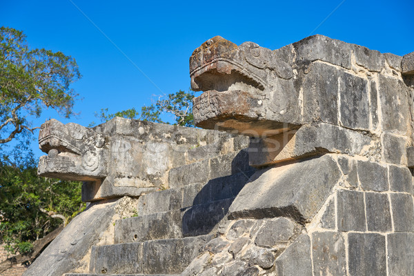 Chichen Itza snake head Yucatan Mexico Stock photo © lunamarina