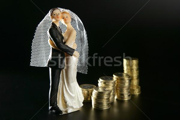 Casamento casal estatueta dourado moedas amor Foto stock © lunamarina