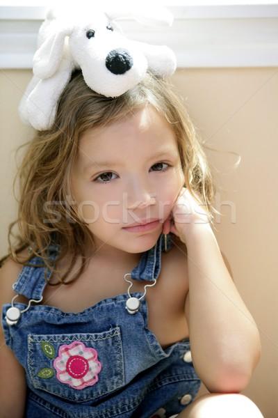 Gelukkig meisje schoothondje hoofd blond Stockfoto © lunamarina