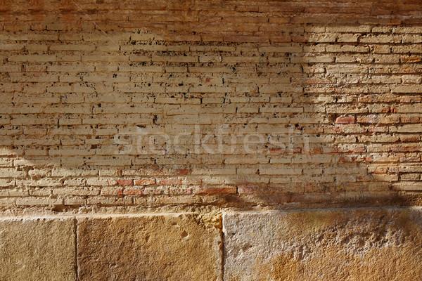 Téglák fal Valencia Spanyolország épület utca Stock fotó © lunamarina