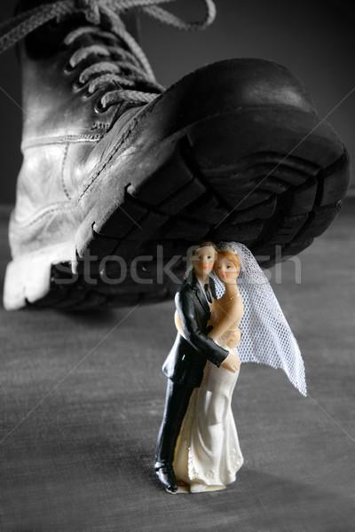 Házasság pár szobrocska nagy öreg csizma Stock fotó © lunamarina