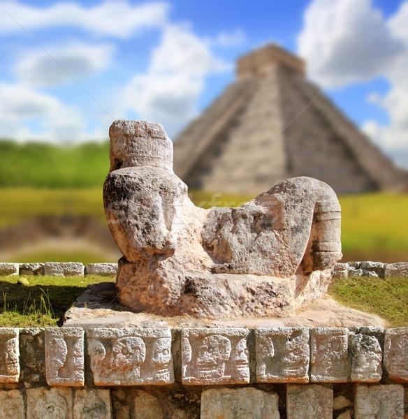 Chac Mool Chichen Itza figure Mexico Yucatan Stock photo © lunamarina