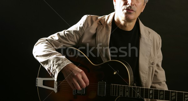 Jazz guitarrista jogar instrumento clássico música Foto stock © lunamarina