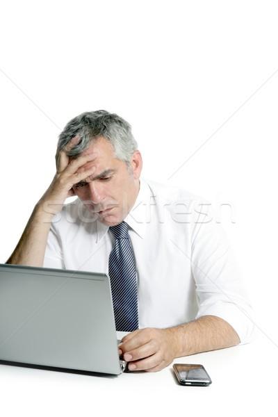 Zły smutne starszy siwe włosy biznesmen laptop Zdjęcia stock © lunamarina
