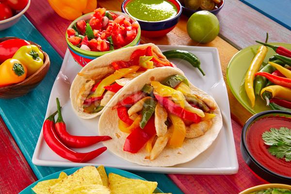 ストックフォト: 鶏 · ファヒータ · タコス · メキシコ料理 · 唐辛子 · チーズ