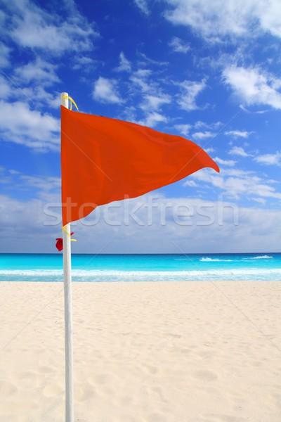 Strand Rood vlag slechte weer wind advies Stockfoto © lunamarina