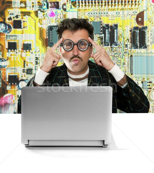 Gênio nerd eletrônico engenheiro tecnologia homem Foto stock © lunamarina