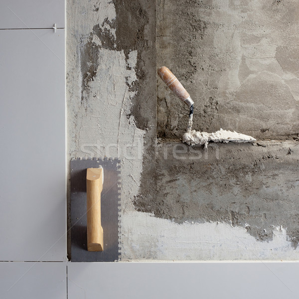 Photo stock: Construction · outils · tuiles · homme · mur · travaux