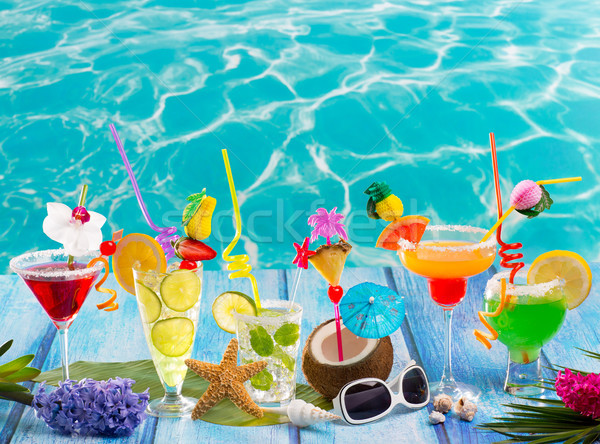 Foto d'archivio: Colorato · molti · tropicali · cocktail · blu · legno
