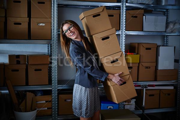 Divertente imprenditrice stoccaggio scatole molti Foto d'archivio © lunamarina