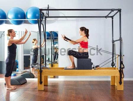 Aeróbica pilates instrutor mulher fitness exercer Foto stock © lunamarina