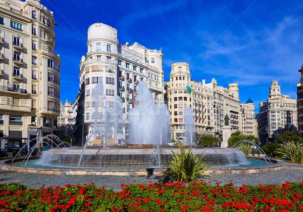 Валенсия город квадратный фонтан Испания цветы Сток-фото © lunamarina