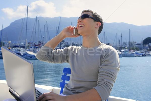 бизнесмен рабочих компьютер лодка Nice Открытый Сток-фото © lunamarina