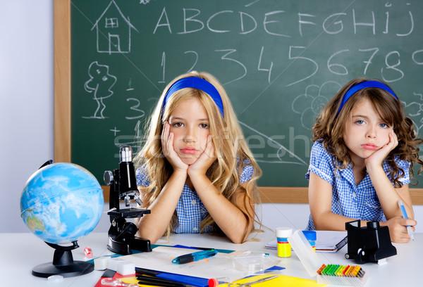Nudzić student dzieci szkoły klasie biurko Zdjęcia stock © lunamarina