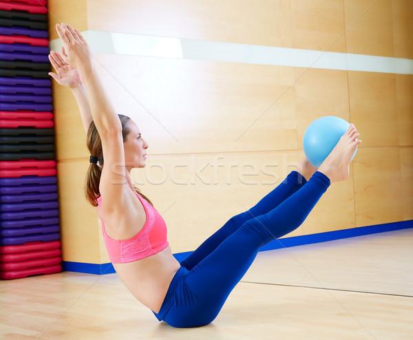 ピラティス 女性 安定 ボール 行使 トレーニング ストックフォト © lunamarina