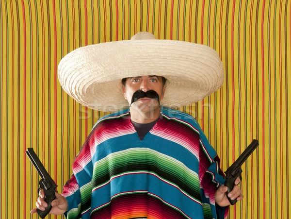 山賊 メキシコ料理 リボルバー 口ひげ ガンマン ソンブレロ ストックフォト © lunamarina