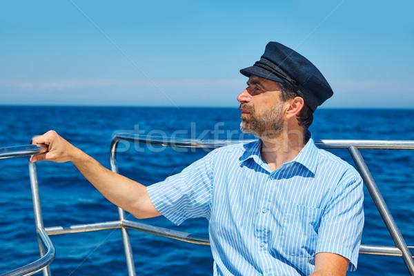 Sakal denizci kapak adam yelkencilik deniz Stok fotoğraf © lunamarina