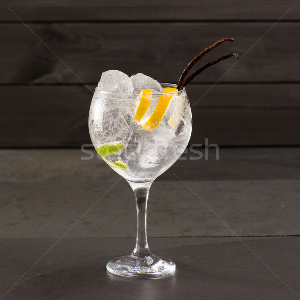 Stockfoto: Gin · cocktail · ijs · vanille · lima · citroen