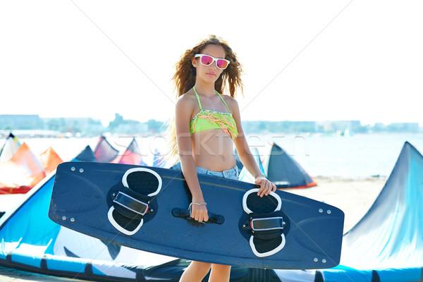 Szőke papírsárkány szörf tinilány nyár tengerpart Stock fotó © lunamarina