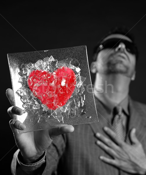 Roto rojo vidrio corazón empresario metáfora Foto stock © lunamarina