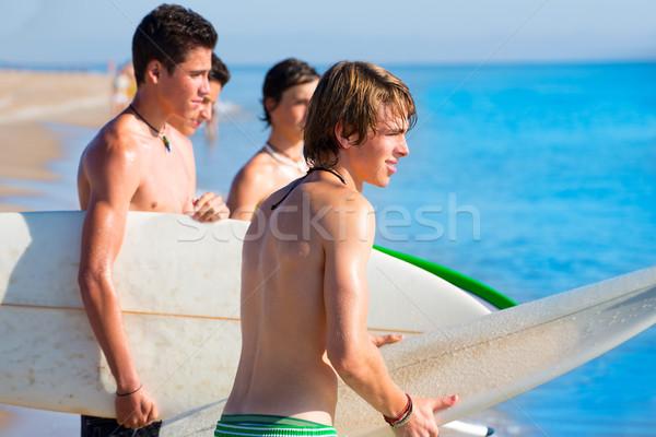 Surfer подростков мальчики говорить пляж берега Сток-фото © lunamarina