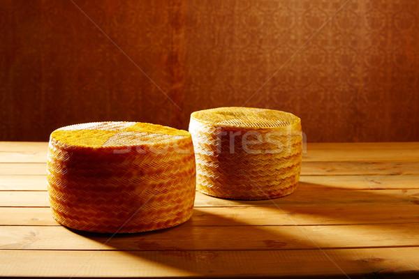 ストックフォト: チーズ · スペイン · 木製のテーブル · 2 · 全体 · ピース