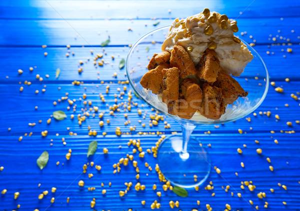 White chocolate cream cookies and mousse Stock photo © lunamarina
