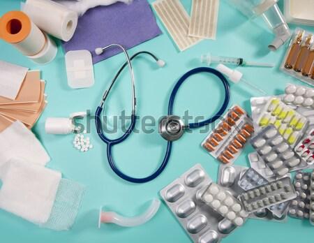 Pecado ampolla médicos pastillas médico escritorio Foto stock © lunamarina