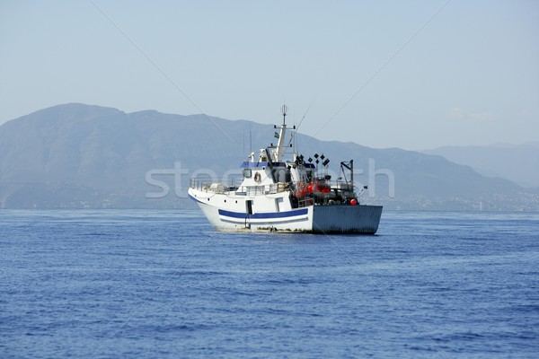 Middellandse zee boot werken zwaardvis hemel Stockfoto © lunamarina