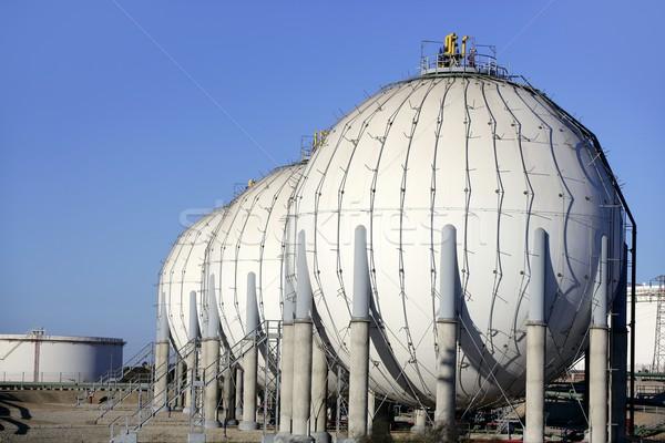 Nagy vegyi tank benzin konténer olajipar Stock fotó © lunamarina
