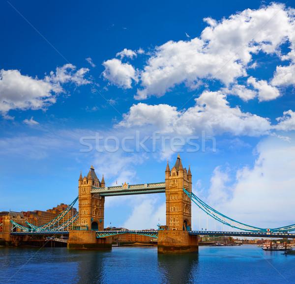 Londen Tower Bridge theems rivier Engeland stad Stockfoto © lunamarina