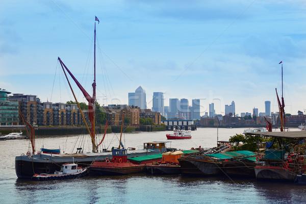 London Temze folyó hajók Anglia város Stock fotó © lunamarina