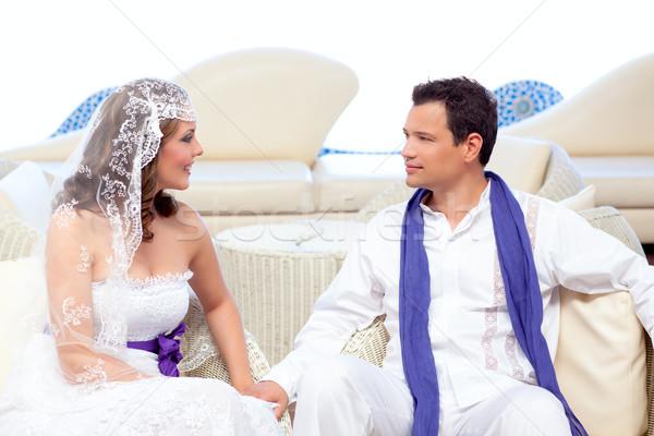 Paar bruiloft dag witte terras Stockfoto © lunamarina