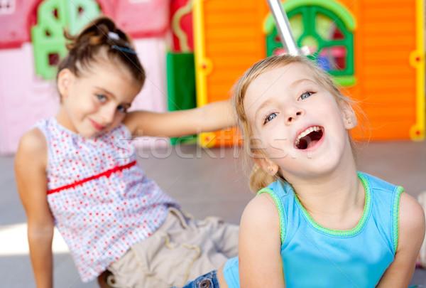 Crianças feliz pequeno irmã meninas jogar Foto stock © lunamarina