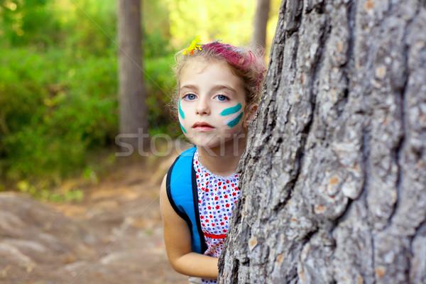 Сток-фото: детей · девочку · играет · лес · дерево · макияж