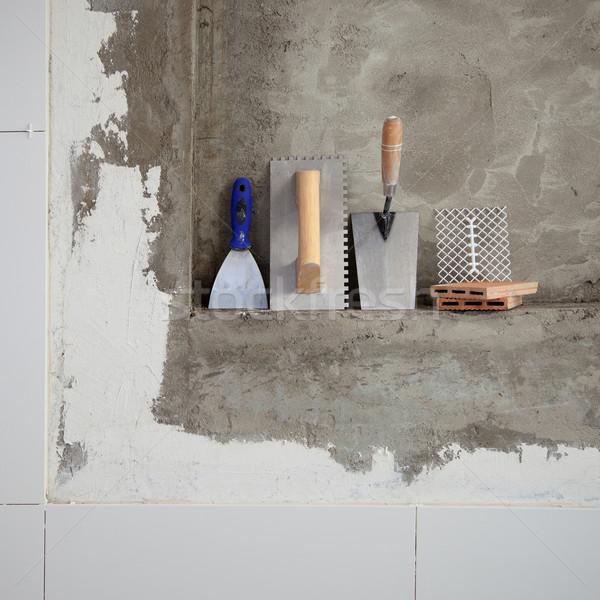 Construção aço inoxidável ferramentas cimento edifício Foto stock © lunamarina