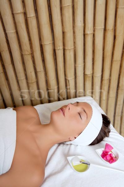 Beauté femme traitement de la peau fleurs pétrolières brosse Photo stock © lunamarina
