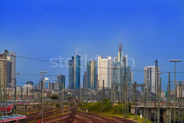 Frankfurt linha do horizonte estação de trem Alemanha negócio céu Foto stock © lunamarina