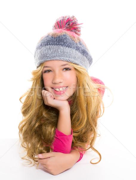 Nino nina invierno lana CAP sonriendo Foto stock © lunamarina