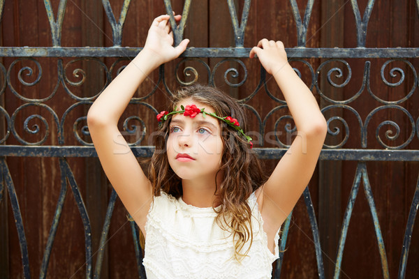 Brunette toeristische kid meisje middellandse zee oude binnenstad Stockfoto © lunamarina